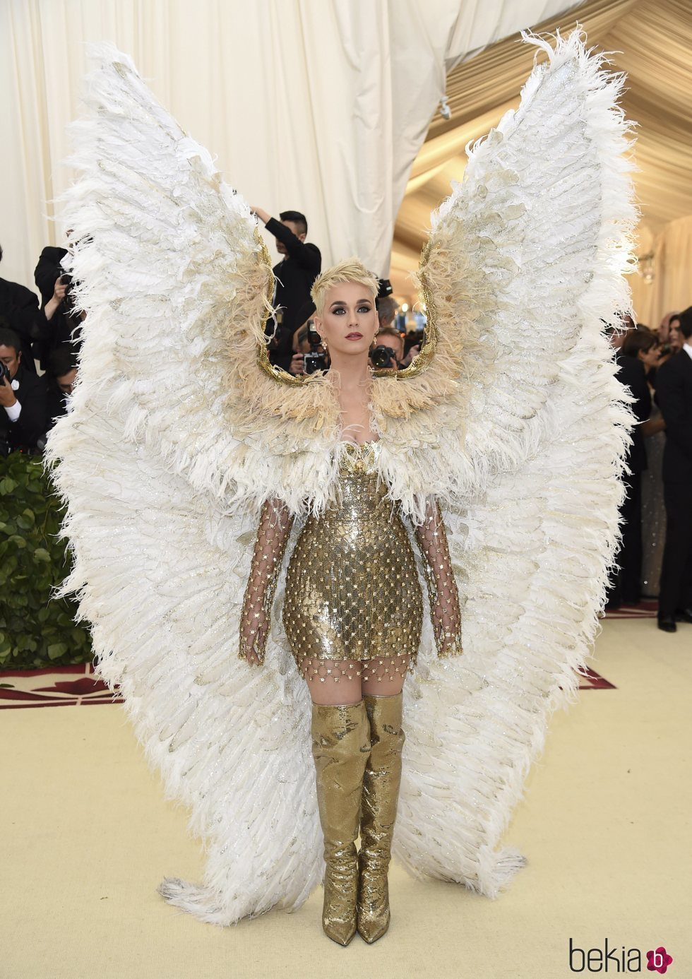 Katy Perry en la alfombra roja de la Gala MET 2018