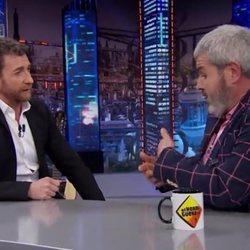Pablo Motos y Lorenzo Caprile debatiendo en 'El Hormiguero'