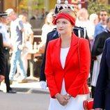 Estefanía de Luxemburgo en la procesión de la Octava Católica