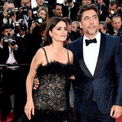 Javier Bardem y Penélope Cruz en la alfombra roja en el Festival de Cannes de 2018