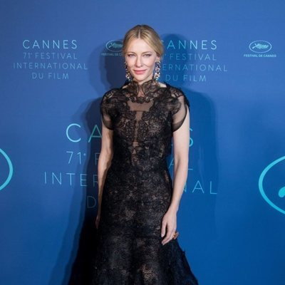 Cate Blanchett en el photocall de la cena inaugural del Festival de Cannes de 2018