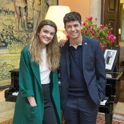 Alfred y Amaia en la embajada de España en Portugal antes de Eurovisión 2018