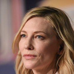 Cate Blanchett durante la rueda de prensa del jurado en el Festival de Cannes de 2018
