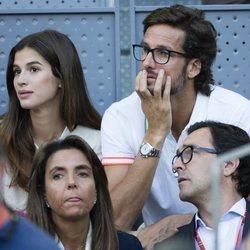 Feliciano López y Sandra Gago viendo un partido del Madrid Open 2018