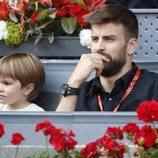 Gerard Piqué con su hijo Sasha en el Open de Madrid 2018