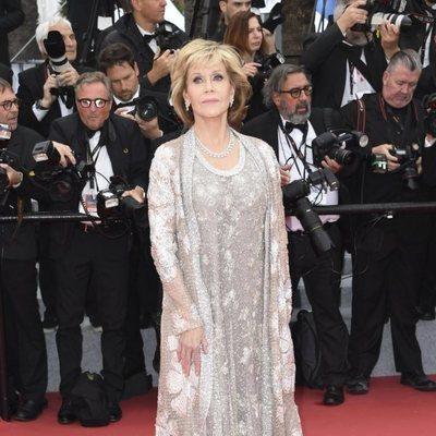 Jane Fonda en la alfombra roja de la película 'BlacKkKlansman' en el Festival de Cannes de 2018