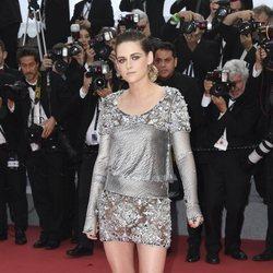 Kristen Stewart en la alfombra roja de la película 'BlacKkKlansman' en el Festival de Cannes de 2018