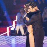 David Bustamante abrazando a Yana Olina en 'Bailando con las estrellas'