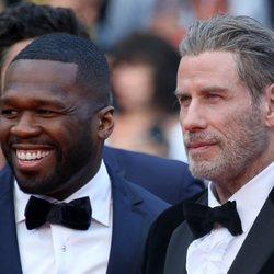 John Travolta y el rapero 50 Cent en el Festival de Cine de Cannes