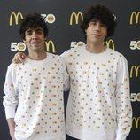 Javier Ambrossi y Javier Calvo en la presentación del 50 aniversario del Big Mac de McDonalds