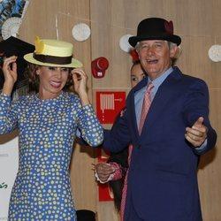 Ágatha Ruiz de la Prada y Josema Yuste bailando en los Premios Bombines de San Isidro de 2018