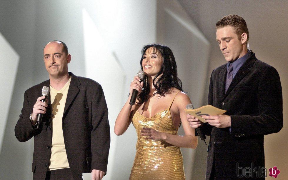 Natalia Estrada presentando una gala con Felisuco y Juanjo Artero