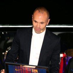 Homenaje del FC Barcelona a Andrés Iniesta