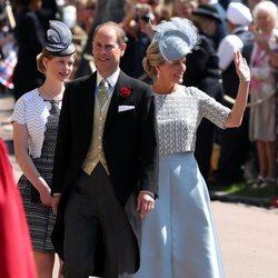 Los Condes de Wessex con su hija en la boda del Príncipe Harry y Meghan Markle