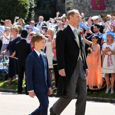 El Príncipe Eduardo y su hijo James Mountbatten-Windsor en la boda del Príncipe Harry y Meghan Markle
