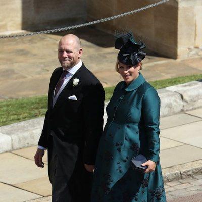 Zara Phillips y su marido Mike Tindall llegando a la boda del Príncipe Harry y Meghan Markle