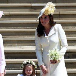 La Duquesa de Cambridge y la Princesa Carlota en la boda del Príncipe Harry y Meghan Markle