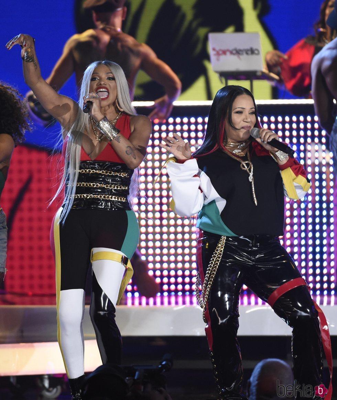 Pepa y Salt actuando en la gala de los Premios Billboard 2018