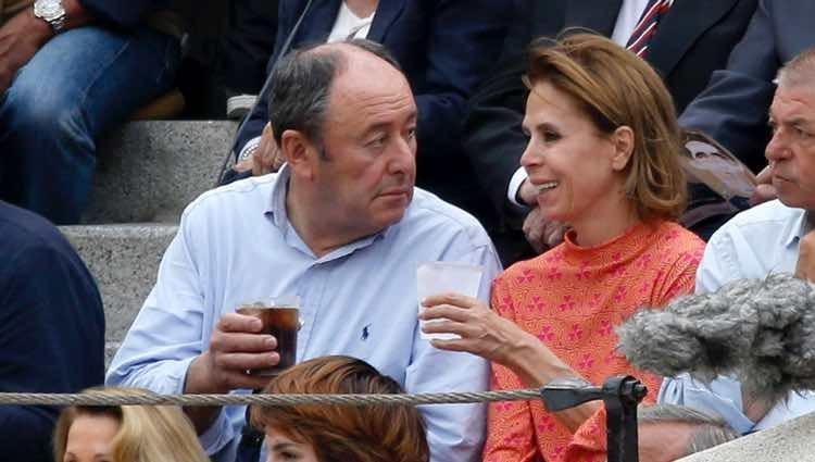 Ágatha Ruiz de la Prada y El Chatarrero muy cómplices en Las Ventas durante la Feria de San Isidro 2018