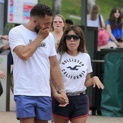 Alberto Isla y Chabelita Pantoja agarrados de la mano en el Parque de Atracciones de Madrid