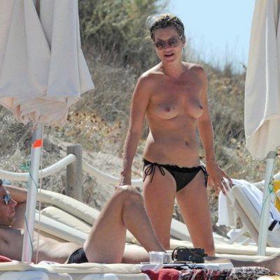 Kate Moss haciendo topless en Formentera