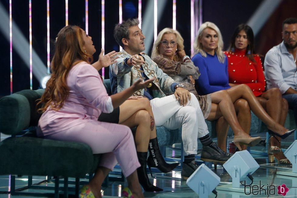 Saray Montoya y Fernando Marcos discutiendo enla gala 11 de 'Supervivientes 2018'