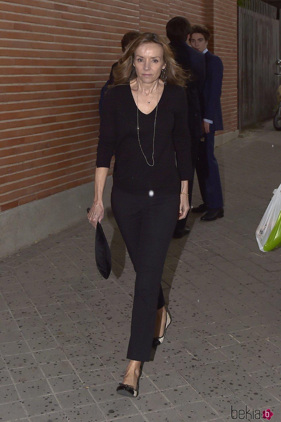 Miriam Ungría en el funeral de Alfonso Moreno de Borbón