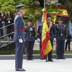 El Rey Felipe VI presidiendo el desfile de las Fuerzas Armadas en Logroño