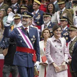 El Rey Felipe VI y la Reina Letizia presiden el desfile de las Fuerzas Armadas en Logroño