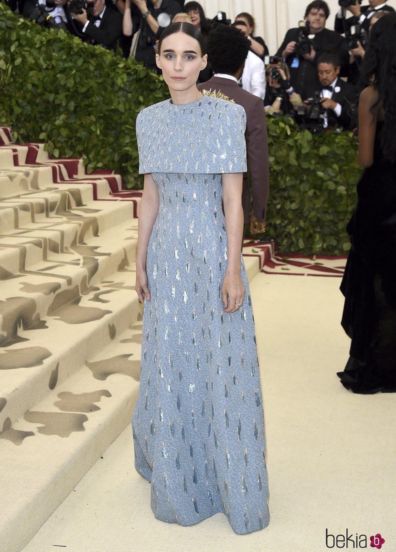 Rooney Mara en la alfombra roja de la Gala MET 2018