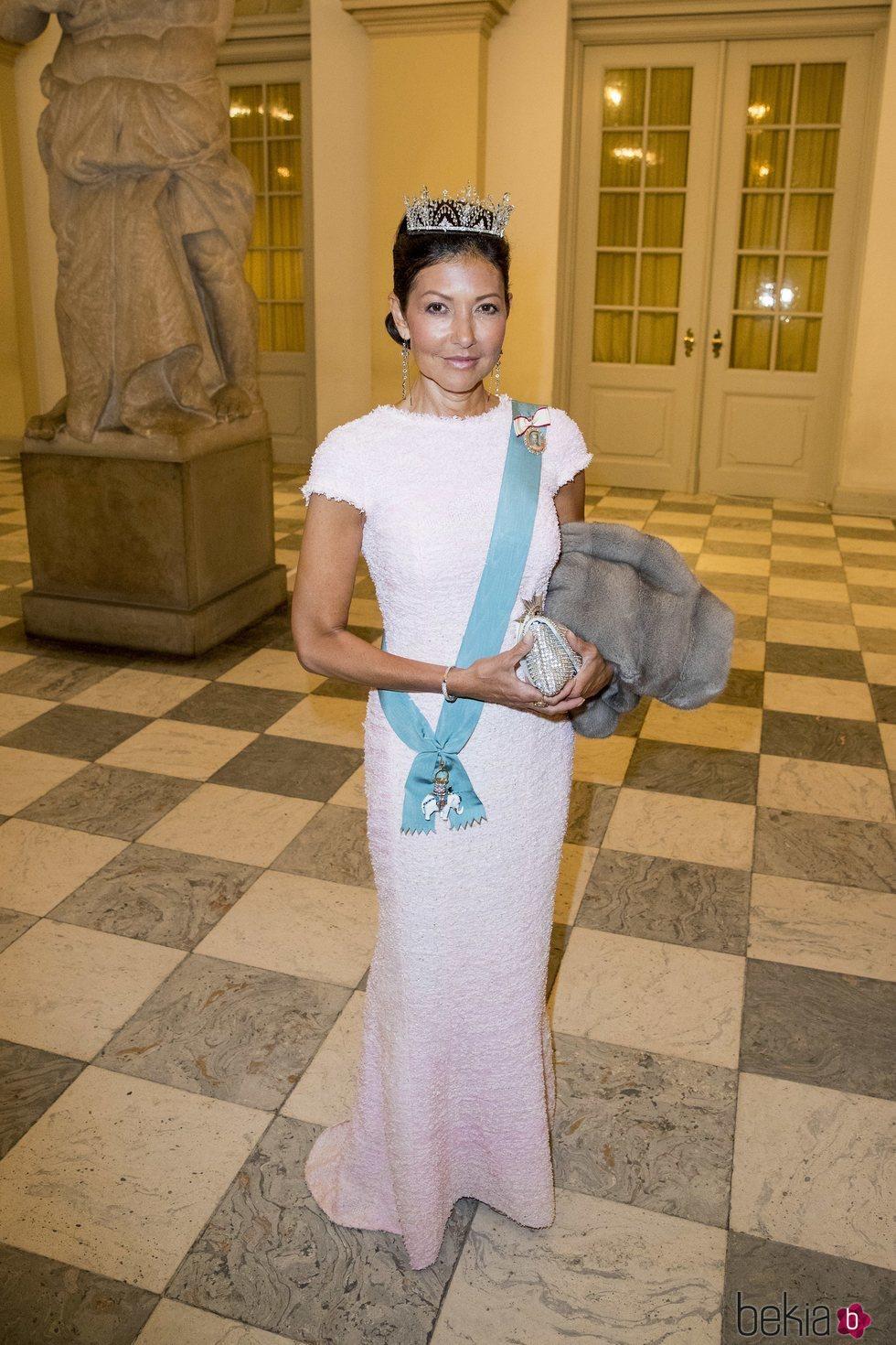 Alexandra Manley en la cena de gala del 50 cumpleaños de Federico de Dinamarca