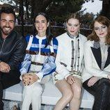 Justin Theroux, Jennifer Connelly, Léa Seydoux y Emma Stone en el desfile Louis Vuitton Cruise 2019