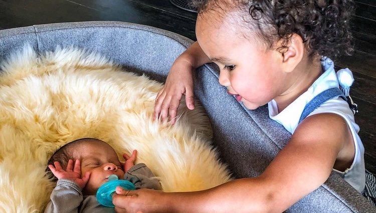 Los hijos de John Legend y Chrissy Teigen
