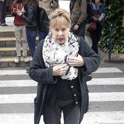Gemma Cuervo en la capilla ardiente de María Dolores Pradera