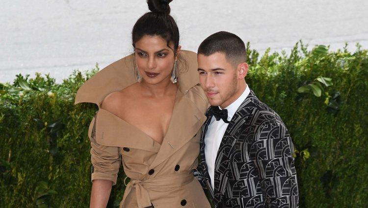 Nick Jonas y Priyanka Chopra en la Gala del Met 2017