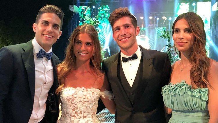 Melissa Jiménez y Marc Bartra en la boda de Sergi Roberto y Coral Simanovich