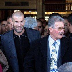Zidane junto a sus padres en Argelia