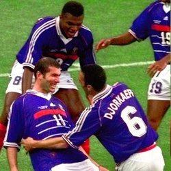 Zidane celebrando un gol en el Mundial de 1998