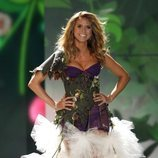 Heidi Klum desfilando en el Victoria's Secret Fashion Show 2009