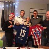 Theo y Lucas Hernández junto a su familia en Navidad