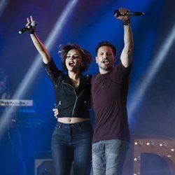 David de María y Chenoa cantando juntos