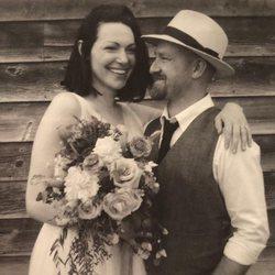 Laura Prepon y Ben Foster, muy felices el día de su boda