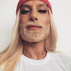 Conchita Wurst comparte con sus seguidores su nuevo cambio de look