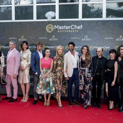 Los concursantes de 'MasterChef Celebrity' en la inauguración del restaurante de 'MasterChef' en Madrid