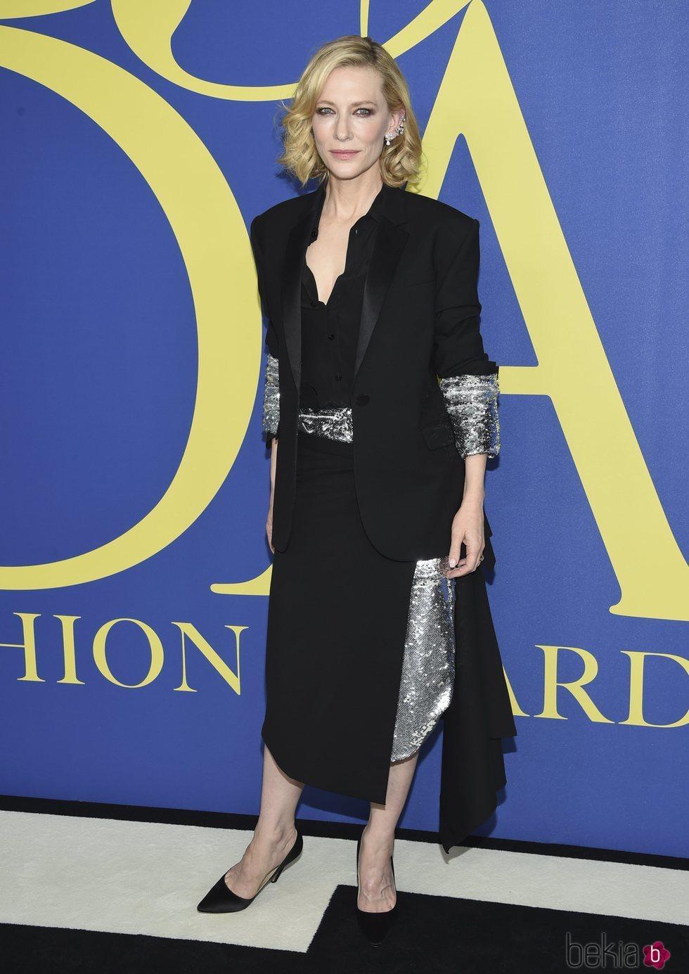 Cate Blanchett en la alfombra roja de los CFDA Fashion Awards 2018