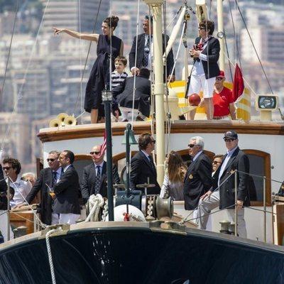 La Familia Real de Mónaco durante la salida de la 1ª Serie de Mónaco Globo
