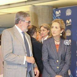 La Infanta Elena y Carlos García Revenga en los premios 'Todos somos Estudiantes'