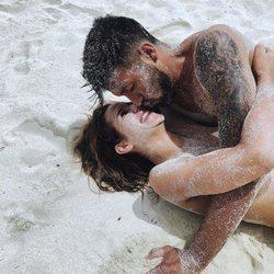 Tamara Gorro disfrutando en las Maldivas con Ezequiel Garay
