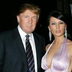 Donald Trump y Melania Trump en un evento en el Museo Whitney de Nueva York en 2004