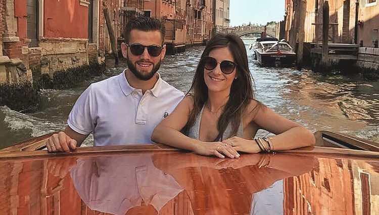 Nacho Fernández y María Cortés navegando por los canales de Venecia